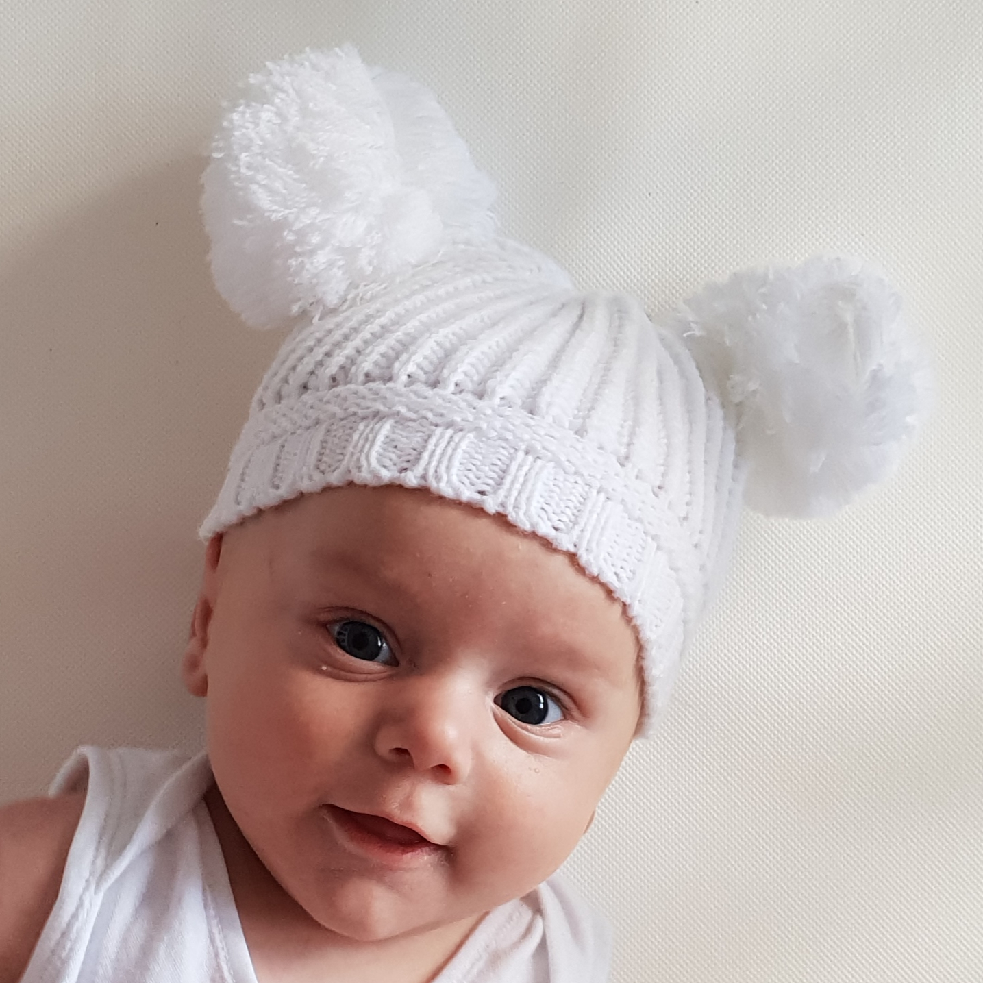 Double PomPom Baby Hat  e3605488229
