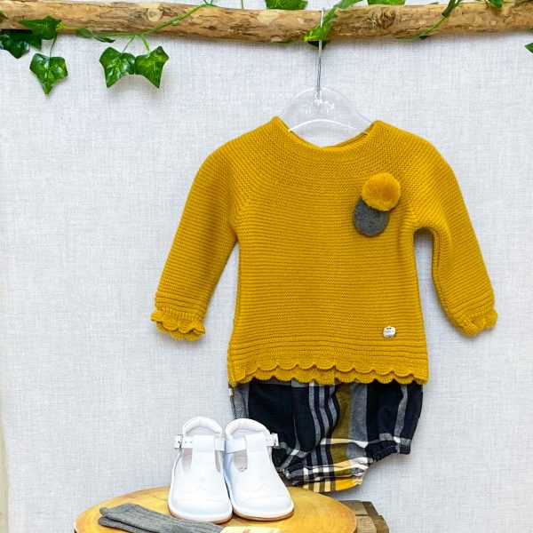 mustard jumper & checked bloomers