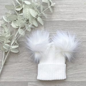 White Ribbed Double Pom Pom Hat