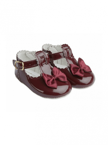 Burgundy Scallop Bow Pre Walkers