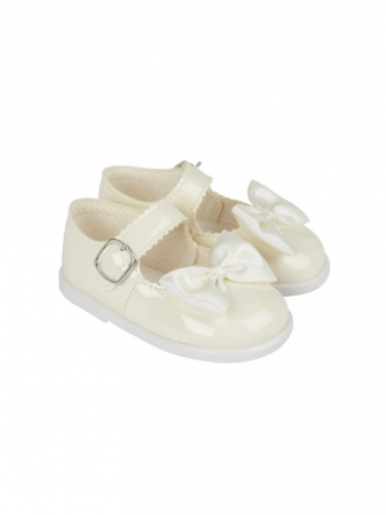Ivory Patent Bow First Walkers