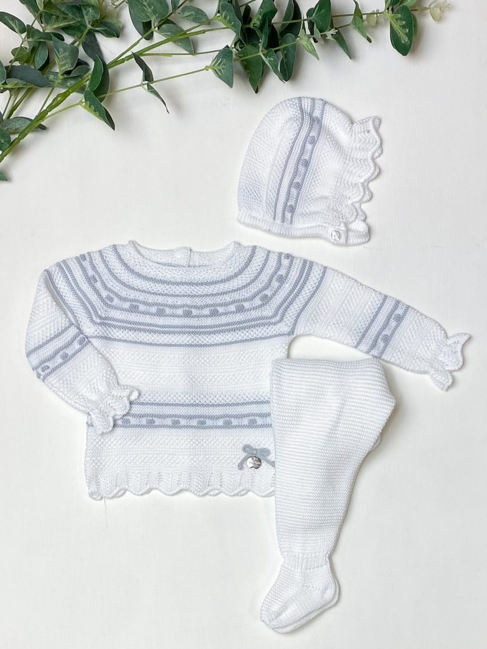 White & Silver Knitted 3 Piece
